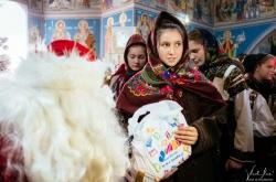 vladilas-2018-12-25-mos-craciun-biserica-bucsoaia-foto-0019